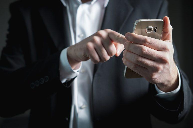 finger-2056030_960_720